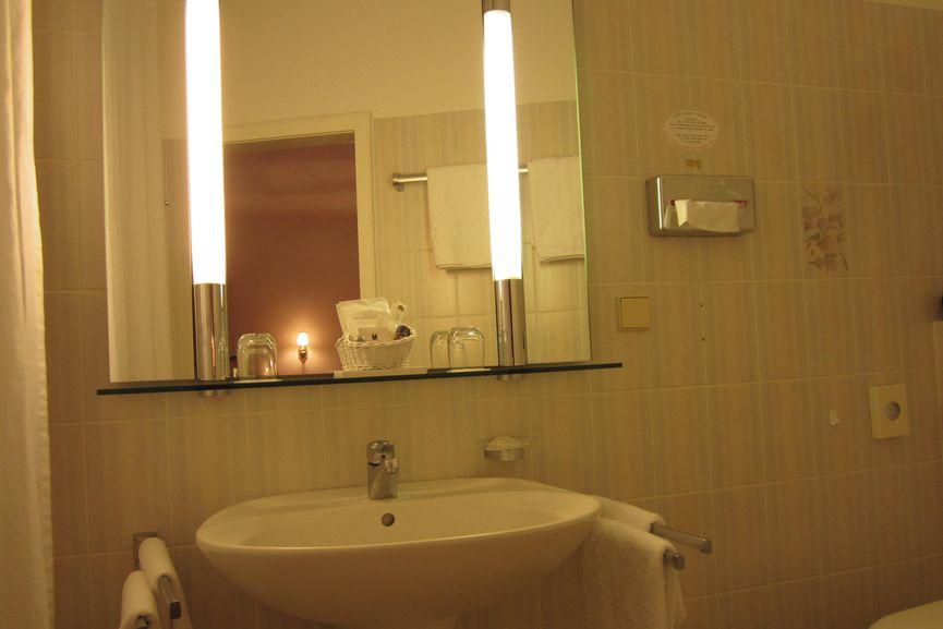 Badezimmer im Familienzimmer in Badenweiler