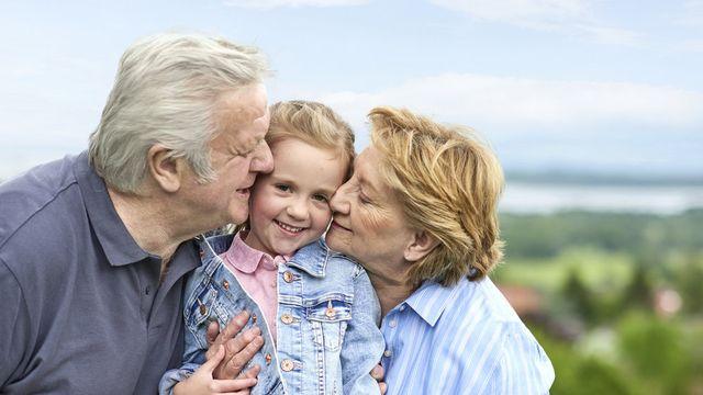 Oma & Opa kommen mit