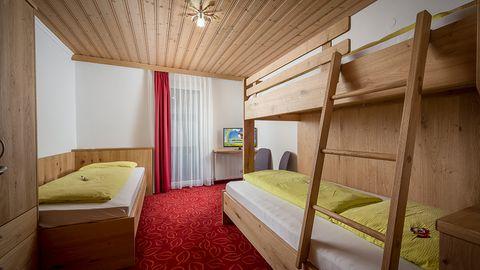 Familien Apartment Schwanennest im Hotel Central