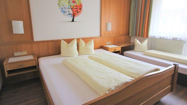 Dreibettzimmer | 20 qm - 1 Raum