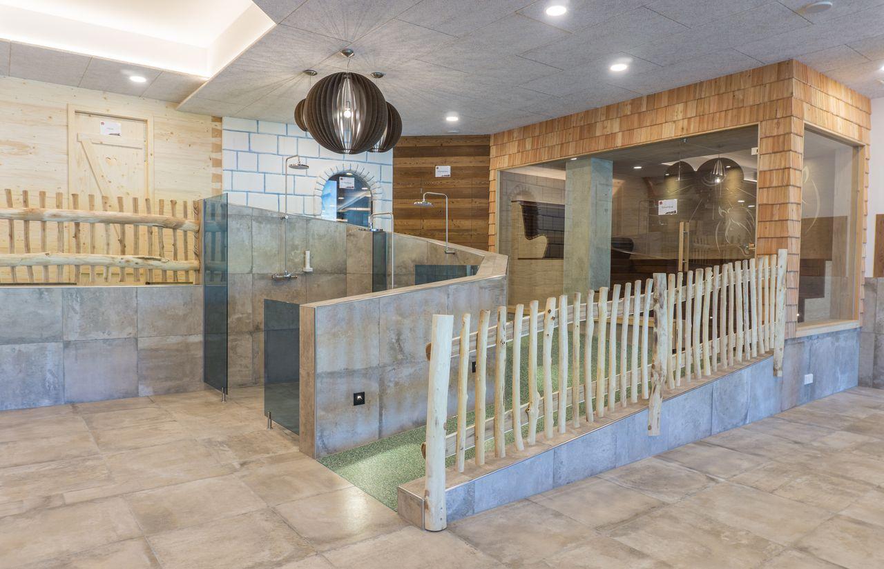 Landhaus_zur_Ohe_Sauna-Promenade.jpg