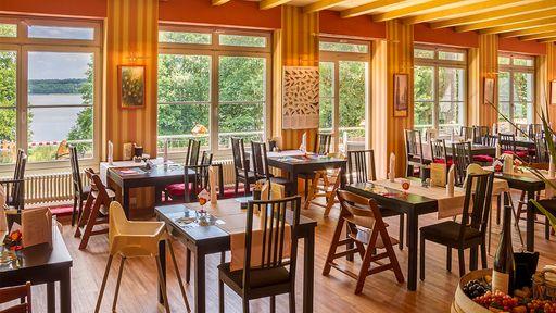 Im Gastronomiebereich des Familotel Borchard´s Rookhus kommen alle Gäste auf Ihre Kosten.