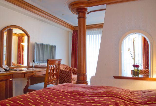 Hotel Dollenberg in Bad Peterstal–Griesbach: Suite junior type I (Last Minute)
