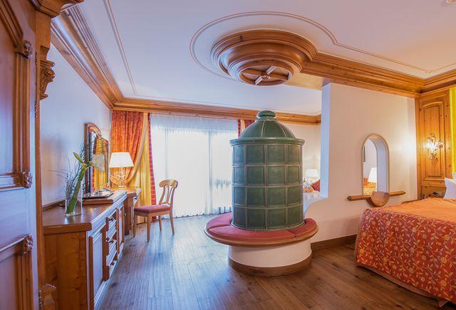 Hotel Dollenberg in Bad Peterstal–Griesbach: Suite junior type VI (Last Minute)