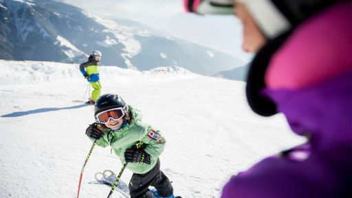 Direkt am Familotel Huber führt eine Piste der Ski- & Almenregion Gitschberg Jochtal vorbei.