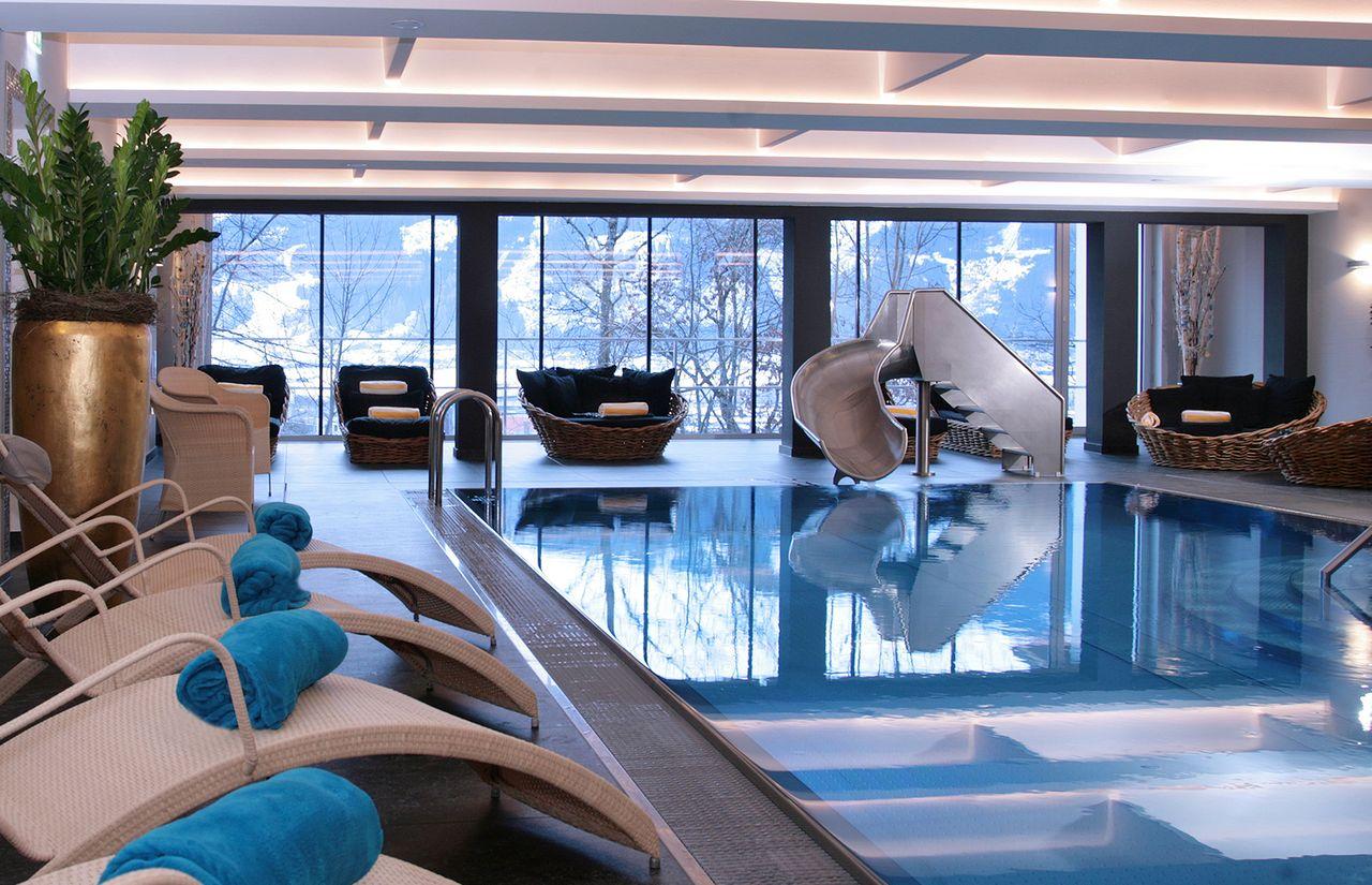 Familienhotel_Amiamo_Indoorpool.jpg