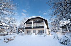 Biohotel Bavaria: Außenansicht Winter - Biohotel Bavaria, Garmisch-Partenkirchen, Bayern, Deutschland