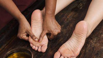 Ayurvedische Fußmassage Padabhyanga