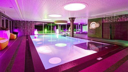 Die große Indooranlage garantiert auch bei Schlechtwetter jede Menge Spaß und Bewegung!