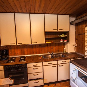 Küche und Holzherd, Almhütte Hoanza, Matrei in Osttirol, Tirol, Tirol, Österreich
