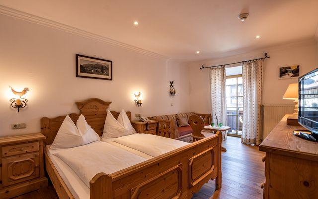 Hotel Hochfilzer in Ellmau am Wilden Kaiser_Beispielbild Doppelzimmer Standard@multivisualart