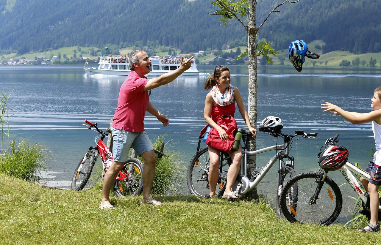 Radtour mit der Familie am Weissensee
