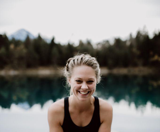 Yoga-Auszeit am See im Juni