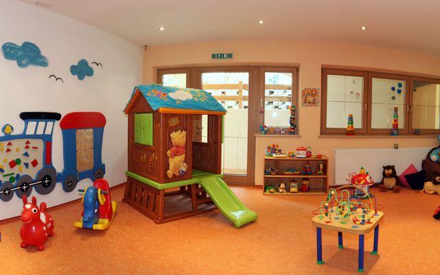 Panorama Spielzimmer des Kinderhotels