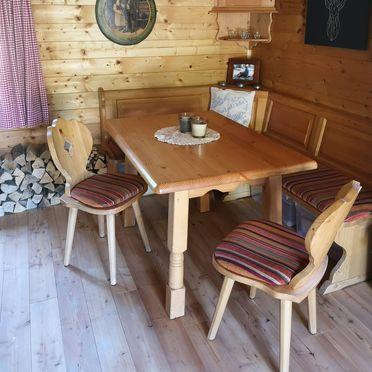 Esstisch, Hütte Almparadies in Forstau, Salzburg, Salzburg, Österreich