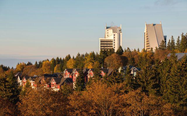 AHORN Panorama Hotel Oberhof Außenansicht Herbst