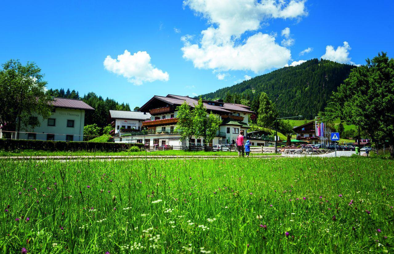 Hotel Felsenhof im Sommer
