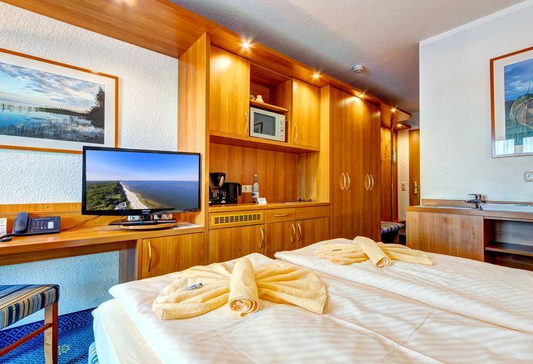 FAMILIEN WELLNESS HOTEL SEEKLAUSE in Trassenheide: 1 Raum Apartment  (Last Minute)