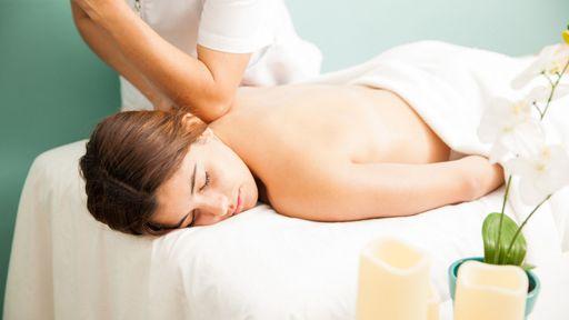 Im Strandkind erwarten dich zwei Behandlungsräume mit einem herrlichen Angebot an Kosmetik-und Körperbehandlungen.