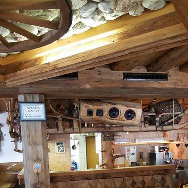 Bar, HerzebenAlm in Neustift, , Tirol, Österreich