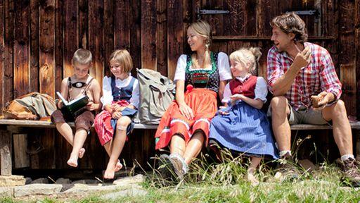 Der Tirolerhof Familotel Zugspitze steht für die unvergesslichen Momente, die man gemeinsam als Familie erlebt.