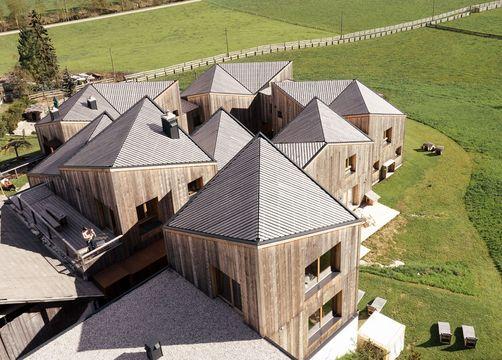 Biohotel Blaslahof: Chalethäuser Luftbild - Blasla Hof, Gsies, Südtirol, Trentino-Südtirol, Italien