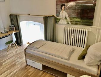 Einzelzimmer Komfort mit Bad - Biohotel Schloss Kirchberg