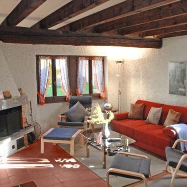 Innen Sommer 3, Rustico Marianne, Aquila, Tessin, Tessin, Schweiz