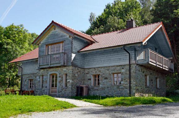 Außen Sommer 1 - Hauptbild, Ferienchalet Waldhaus in Kollnburg, Kollnburg, Bayerischer Wald, Bayern, Deutschland