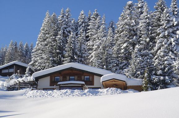 """Außen Winter 40 - Hauptbild, Chalet """"The Schatzie"""", Egg, Vorarlberg, Vorarlberg, Österreich"""