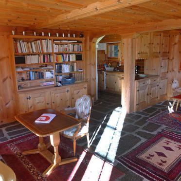 Innen Sommer 4, Chalet Chistiala Dadens, Laax, Surselva, Graubünden, Schweiz
