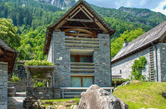 Außen Sommer 1 - Hauptbild, Rustico Casa Ticc, Sonogno, Tessin, Tessin, Schweiz