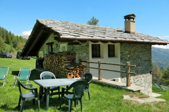 Outside Summer 1 - Main Image, Chalet Casot Brusa, Sampeyre, Piemonte-Langhe & Monferrato, Piemont, Italy