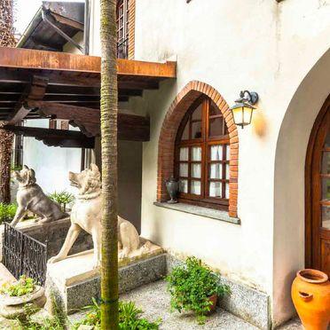 Outside Summer 4, Castello Torre, Lesa, Lago Maggiore, Piemont, Italy