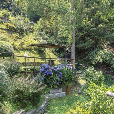 Außen Sommer 3, Chalet Sule Colline Casalesi, Casale Corte Cerro, Lago Maggiore, Lombardei, Italien