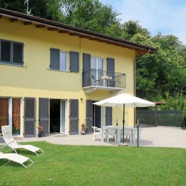 Außen Sommer 3, Villa Carmen, Brissago Valtravaglia, Lago Maggiore, Lombardei, Italien