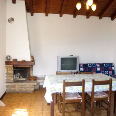 Innen Sommer 5, Ferienhaus Ca' Rossa, Porlezza, Luganer See, Lombardei, Italien