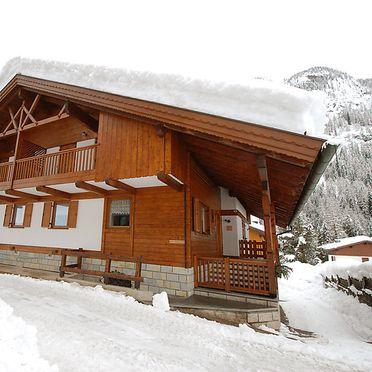 Außen Winter 38, Chalet Cesa Galaldriel, Canazei, Dolomiten, Trentino-Südtirol, Italien