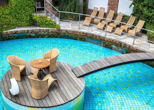 biohotels landguthoehne sessel pool - Land Gut Höhne
