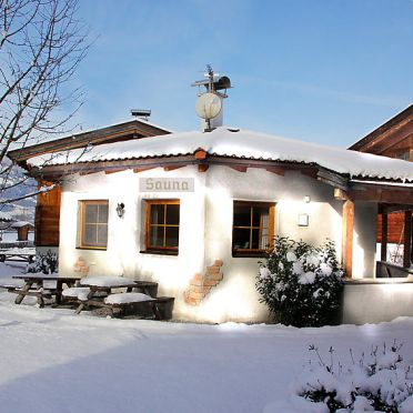 Innen Winter 44, Chalet Alpendorf, Kaltenbach, Stumm, Tirol, Österreich