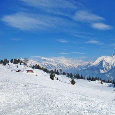 Innen Winter 42, Hütte Antonia im Zillertal, Mayrhofen, Zillertal, Tirol, Österreich