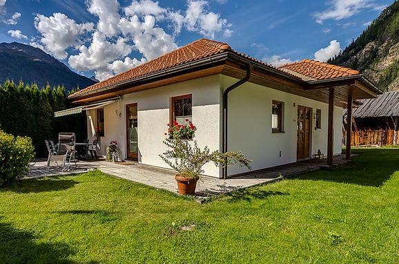 Außen Sommer 1 - Hauptbild, Ferienhaus Margret im Ötztal, Längenfeld, Ötztal, Tirol, Österreich