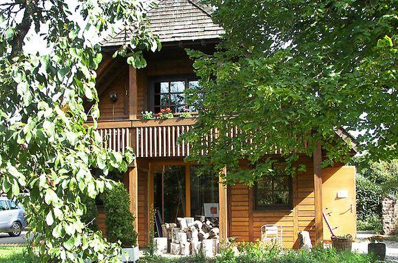 Außen Sommer 1 - Hauptbild, Schwarzwaldhütte Albergo Natura, Hüfingen, Schwarzwald, Baden-Württemberg, Deutschland
