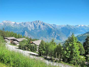 Chalet Edelweiss in La Tzoumaz - Wallis - Switzerland