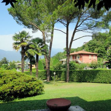 Außen Sommer 4, Residenz Rosa, Porto Valtravaglia, Lago Maggiore, Lombardei, Italien