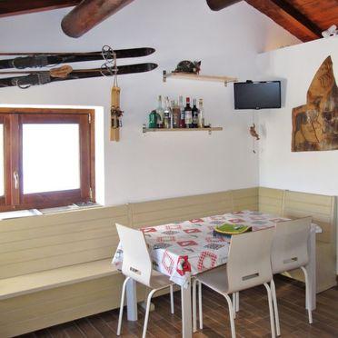 Innen Sommer 5, Rustico la tana del lupo, Gera Lario, Sorico (CO), Lombardei, Italien