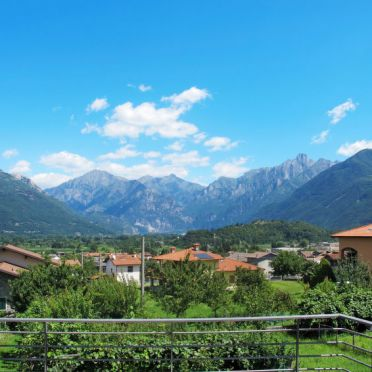 Außen Sommer 5, Rustico Baila, Colico, Comer See, Lombardei, Italien