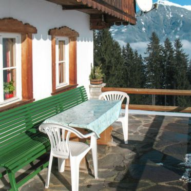 Außen Winter 24, Bauernhaus Luxner im Zillertal, Kaltenbach, Zillertal, Tirol, Österreich