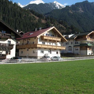 Outside Summer 3, Chalet Wegscheider im Zillertal, Mayrhofen, Zillertal, Tyrol, Austria